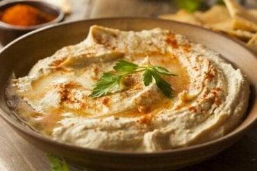Încearcă o rețetă delicioasă de hummus cu paprika