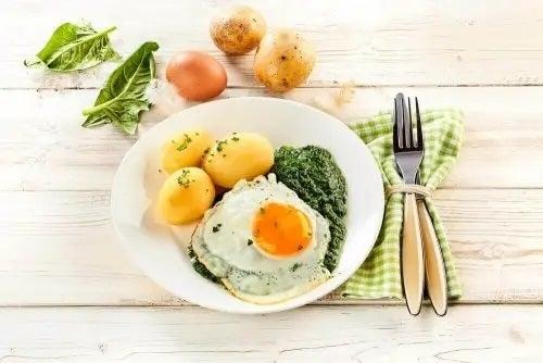 Mic dejun potrivit în dieta Paleo