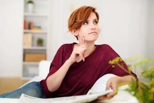 Femeie care află ce este momnezia la proaspetele mămici
