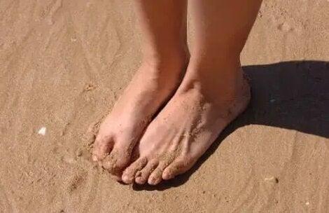 remediu pe bază de plante pentru picioarele și gleznele umflate