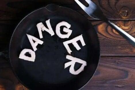 semne de pericol de pierdere în greutate