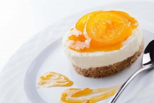 Cheesecake pina colada fără coacere pentru celiaci