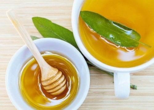 Remediu cu miere și salvie