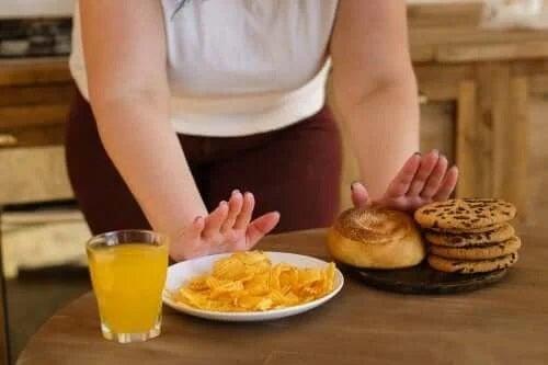 10 alimente care afectează echilibrul glicemiei