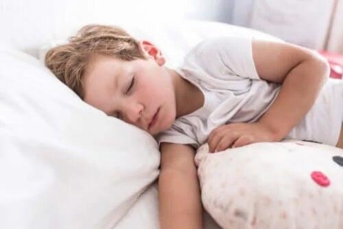 Astmul la copii mici