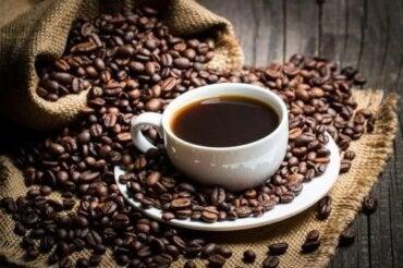 efect de cafeină asupra pierderii de grăsime