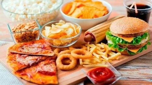 Alimente tip fast food