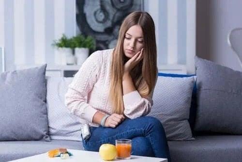 Care sunt simptomele hipoglicemiei?