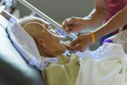 Starea vegetativă la un pacient bătrân