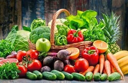 Frctele și legumele sunt alimente care ameliorează psoriazisul