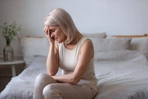 Femeie ajunsă la menopauză
