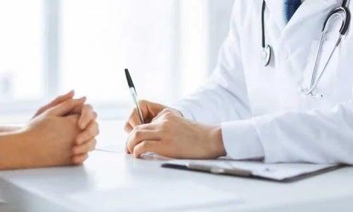 Medic care oferă sfaturi pentru ameliorarea bolii Crohn