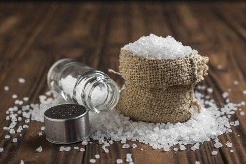 6 adevăruri despre consumul excesiv de sare