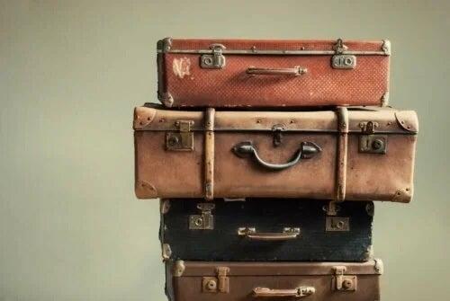 Stivă de valize