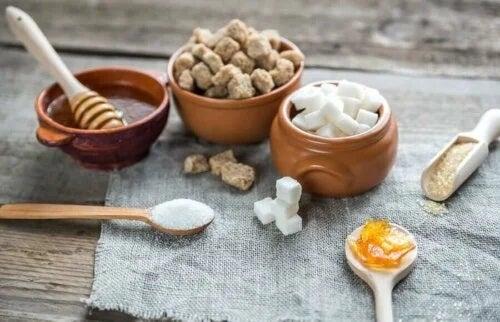 Alimentele care provoacă foame conțin zaharuri