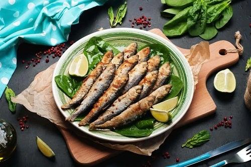 Beneficiile sardinelor prăjite cu lămâie