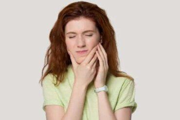 Sindromul tensiunii temporomandibulare