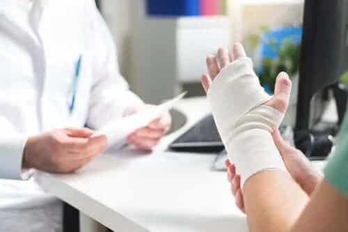 Diabetul crește riscul de fracturi
