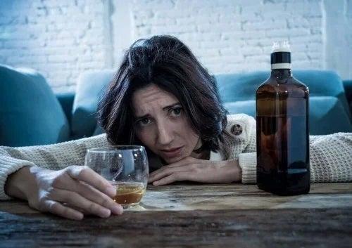 Sfaturi pentru a preveni cancerul prin reducerea aportului de alcool