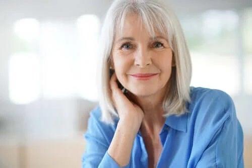 Stresul și albirea părului la femei