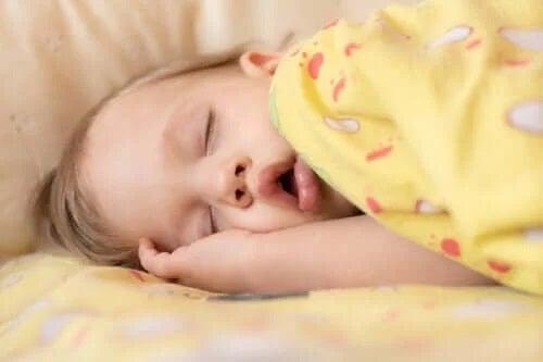 Apneea în somn la copii: simptome și tratamente