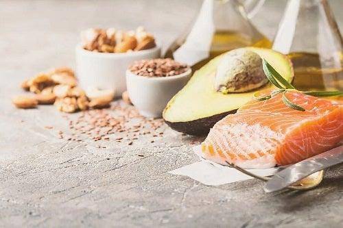 Efectele dietei low carb ce conține alimente sănătoase