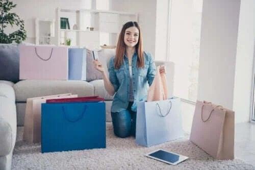 Semne că ești dependentă de cumpărături