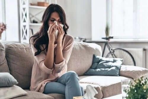 Cum tratezi răceala acasă în mod eficient?
