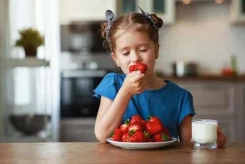 Fructe pe care să le consumi vara