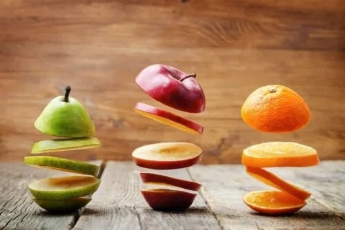 Felii de fructe