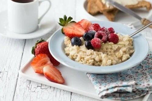 Micul dejun bogat în carbohidrați