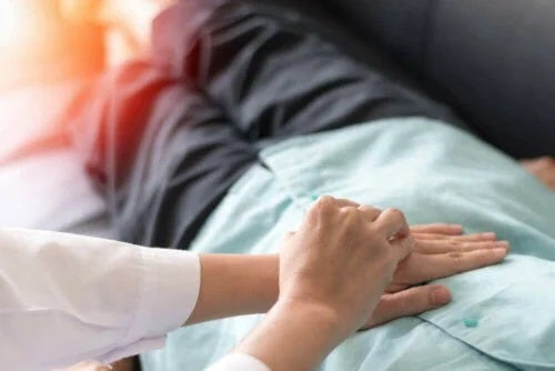 Pacient cu cancer de colon