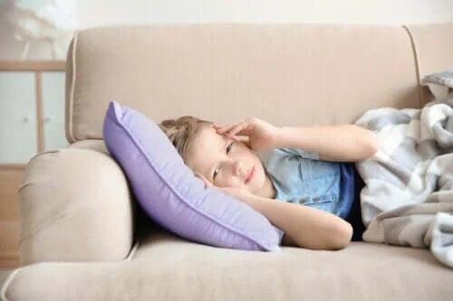 Simptome și tratamente pentru migrene la copii
