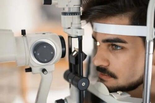 Simptomele și tratamentul retinitei pigmentare