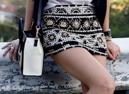 Fată cu accesorii la modă
