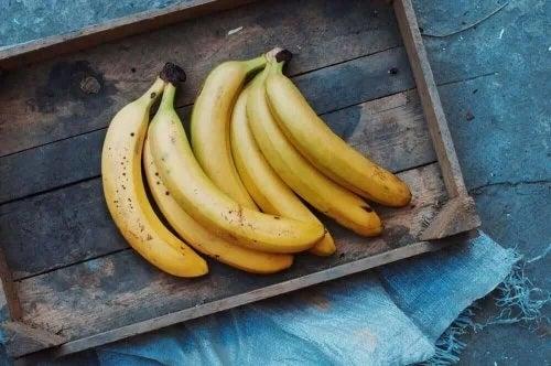 Bananele sunt alimente bogate în vitamina B
