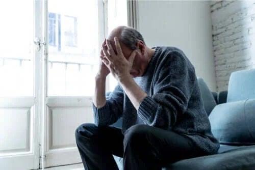 Ce este neajutorarea autoimpusă?