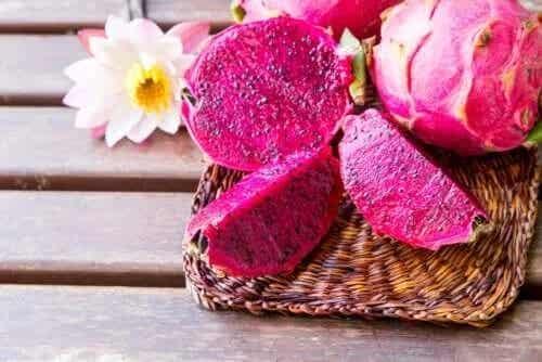 Beneficiile fructului dragonului (pitaya)