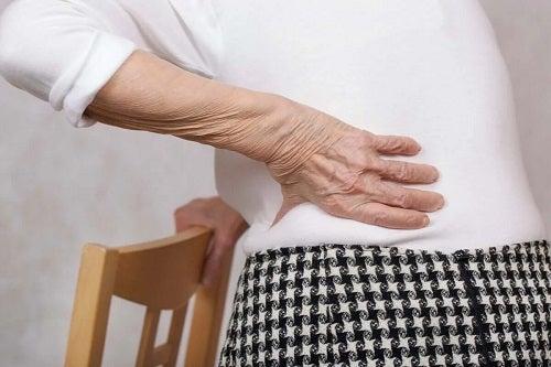 Cauzele durerii de spate la femei
