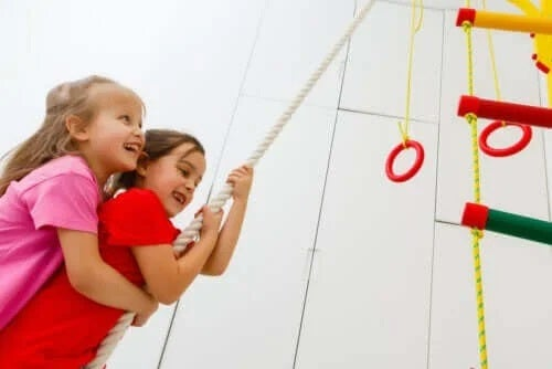 Exercițiile crossfit pentru copii: beneficii