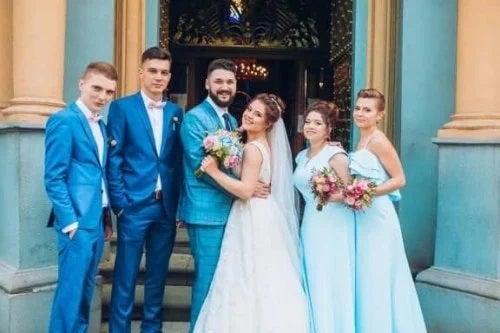 Cuplu la nuntă