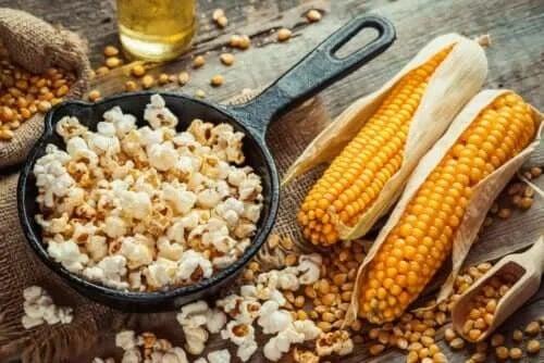 Cum să faci popcorn sănătos și delicios