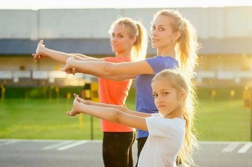 Fete care fac exerciții crossfit