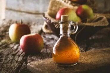 Care sunt proprietățile oțetului de mere?