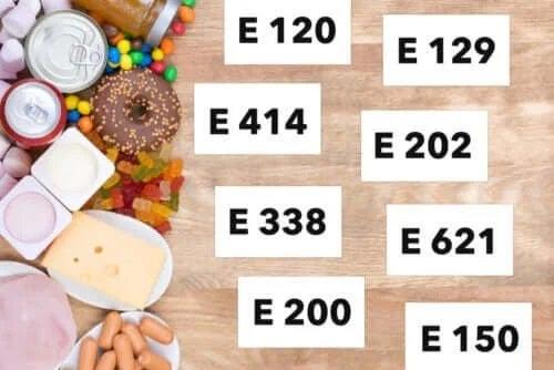 Ce tipuri de aditivi alimentari există?