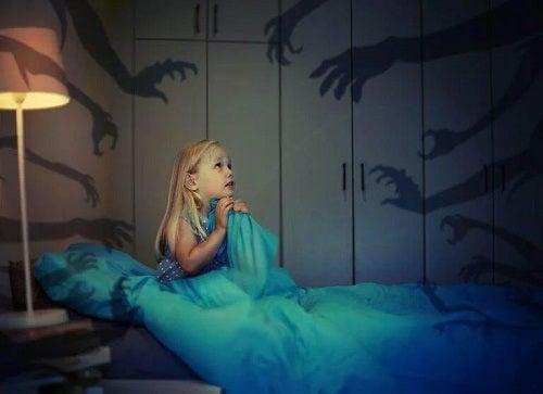 Cum să ameliorezi anxietatea la copii