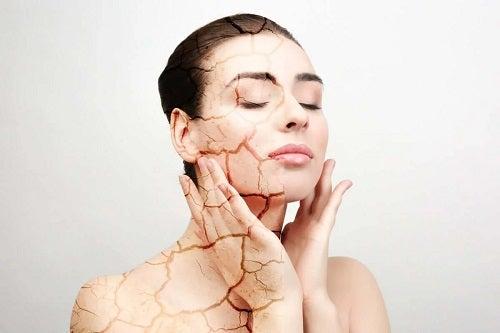 Cauzele pielii uscate la femei