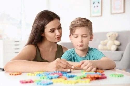 4 exerciții pentru copiii cu autism