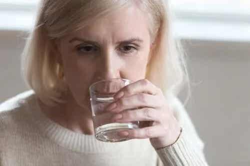 Rolul dietei la menopauză: ameliorarea simptomelor