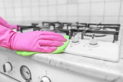Dezinfectarea casei cu oțet: este eficientă?